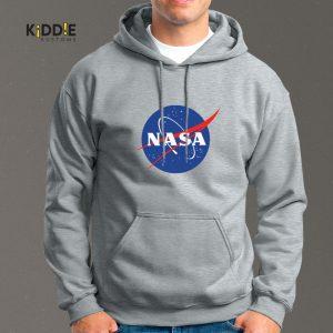 Buzo Estampado Hoodie NASA Logo – Gris