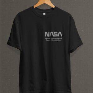Remera Estampada Unisex NASA IV – Negra