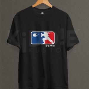 Remera Estampada Unisex Street Fighter (NBA Logo) – Negra