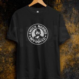 Remera Estampada Unisex Chuck Norris Approved – Negra