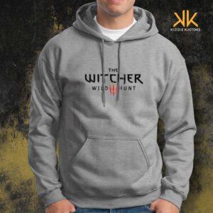 Buzo Estampado Hoodie The Witcher III – Gris